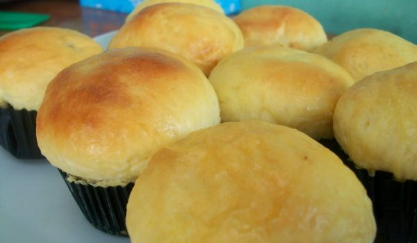 Cara Membuat Roti Bluder Empuk Gurih