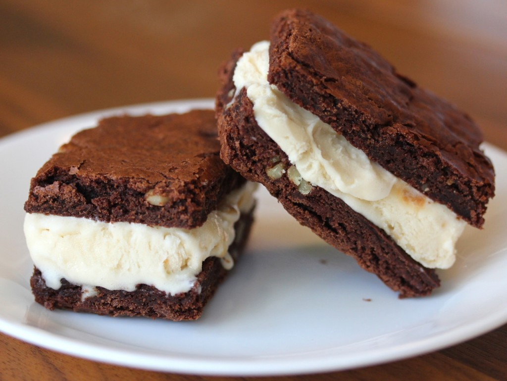 Brownies Sandwich Es Krim