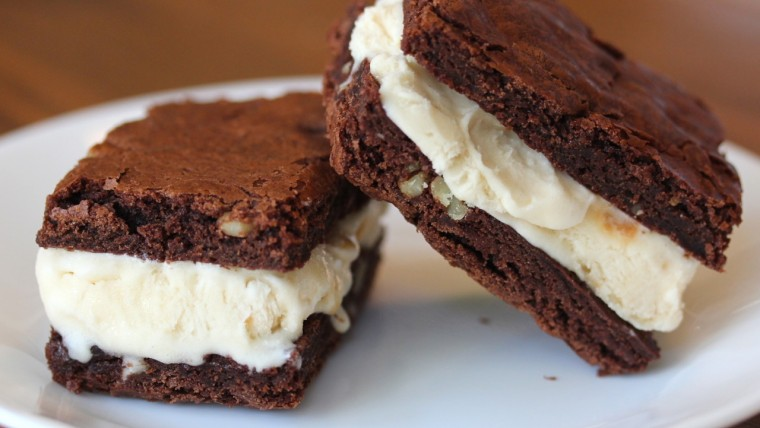 Brownies Es Krim Sandwich