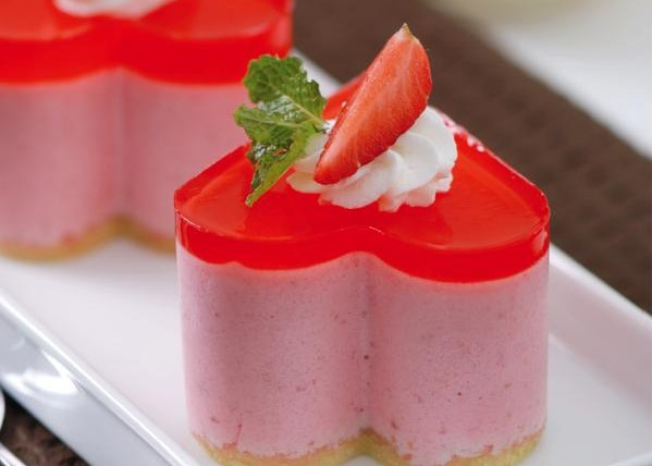 Puding Susu Strawberry