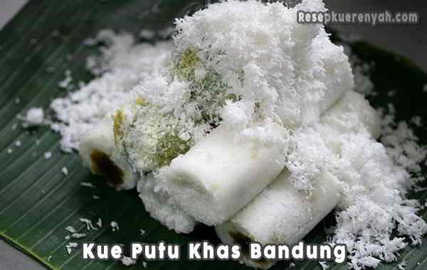 Kue-Putu-Khas-Bandung